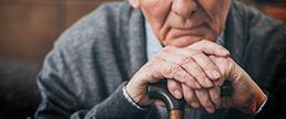 Os efeitos da idade nos fatores de risco clínicos e neurocognitivos para o comportamento suicida em pacientes com depressão